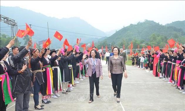 Sôi nổi Ngày hội Đại đoàn kết toàn dân tộc ở 2 tỉnh Yên Bái và Ninh Bình