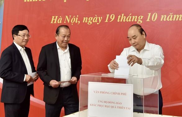 Nhiều hoạt động quyên góp, ủng hộ đồng bào miền Trung