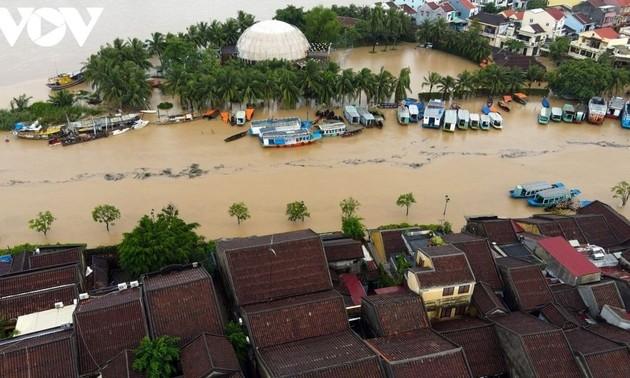 Lãnh đạo các nước điện thăm hỏi, chia sẻ thiệt hại do bão, lũ lụt ở Việt Nam
