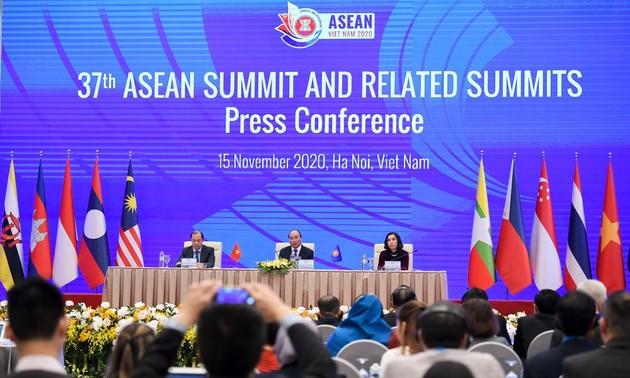 Hội nghị cấp cao ASEAN 37 và các Hội nghị cấp cao liên quan: nâng tầm hợp tác với các đối tác