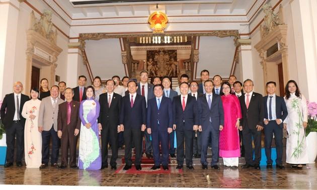Ủy ban về Người Việt Nam ở nước ngoài Thành phố Hồ Chí Minh thực hiện tốt vai trò cầu nối giữa kiều bào với trong nước