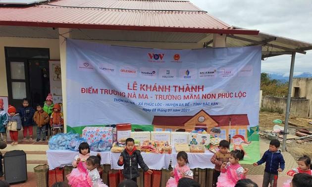 Đài Tiếng nói Việt Nam và các đơn vị tài trợ khánh thành điểm trường Nà Ma, huyện Ba Bể (Bắc Kạn)