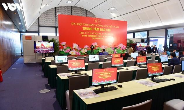 """Truyền thông quốc tế """"giải mã"""" niềm tin của công chúng đối với thành công của Việt Nam"""