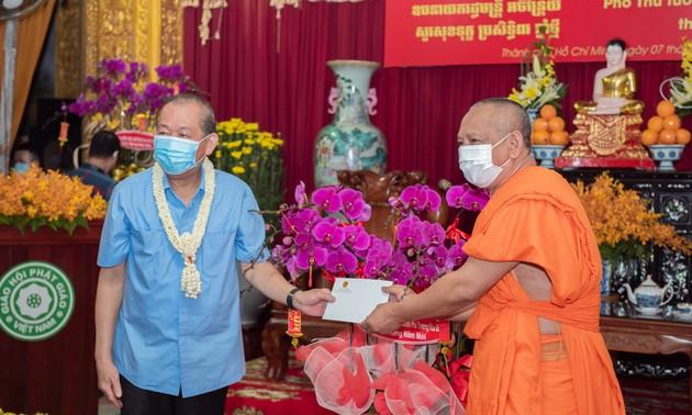 Phó Thủ tướng Trương Hòa Bình chúc Tết đồng bào Phật giáo Khmer ở Thành phố Hồ Chí Minh