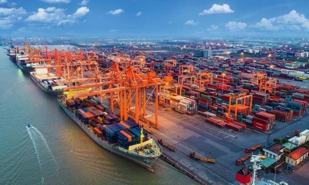 Xuất nhập khẩu tăng trưởng tích cực, Việt Nam xuất siêu gần 3 tỷ USD