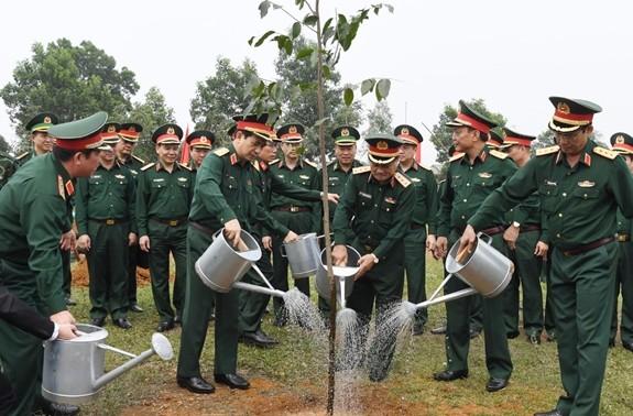 Bộ Quốc phòng phát động trồng cây hưởng ứng Chương trình trồng 1 tỷ cây xanh - Vì một Việt Nam xanh