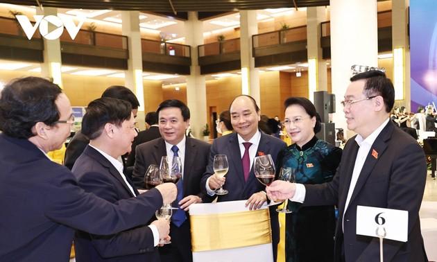 Chủ tịch Quốc hội Nguyễn Thị Kim Ngân gặp mặt đại biểu Quốc hội khóa XIV