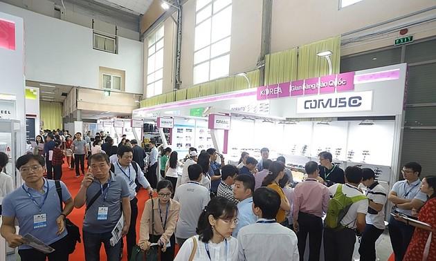 Vietnam Expo 2021- Đồng hành cùng doanh nghiệp trong kỷ nguyên số