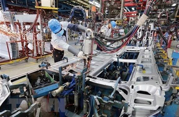 ADB: Kinh tế Việt Nam tăng trưởng mạnh nhờ thành công trong kiểm soát Covid 19