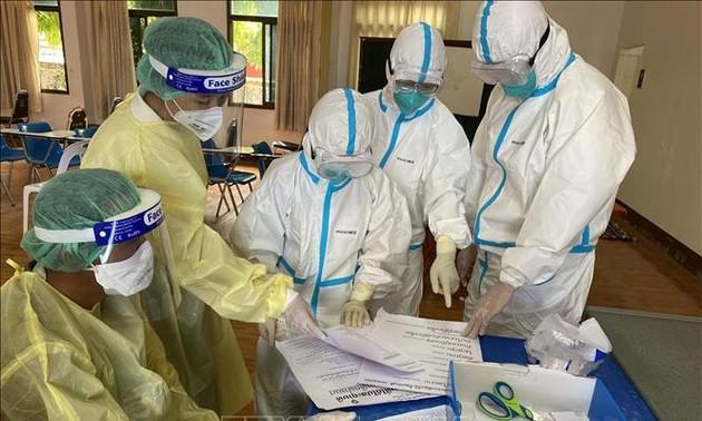 Lào đánh giá cao những kinh nghiệm mà Đoàn chuyên gia y tế Việt Nam chia sẻ