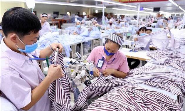 Đề nghị sử dụng kinh phí từ gói 62.000 tỷ đồng để hỗ trợ lao động bị ảnh hưởng bởi dịch COVID-19