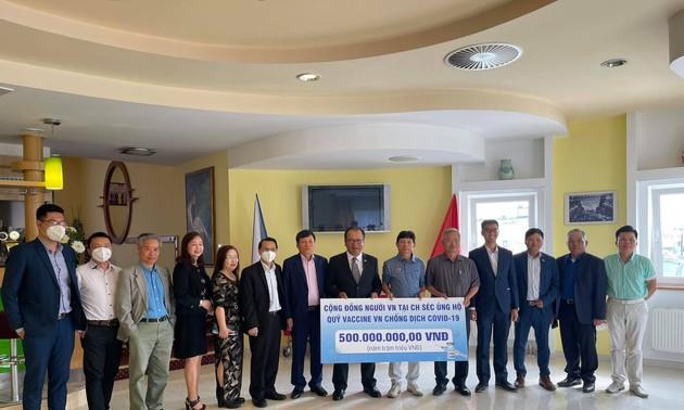Cộng đồng người Việt Nam tại Séc chung tay ủng hộ quỹ vaccine phòng chống Covid-19
