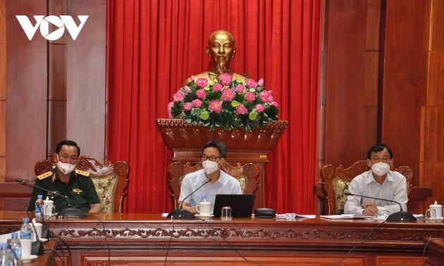 Phó Thủ tướng Vũ Đức Đam chỉ đạo công tác chống dịch tại tỉnh Tiền Giang