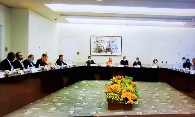 Việt Nam ưu tiên hợp tác toàn cầu nhằm ứng phó đại dịch COVID-19