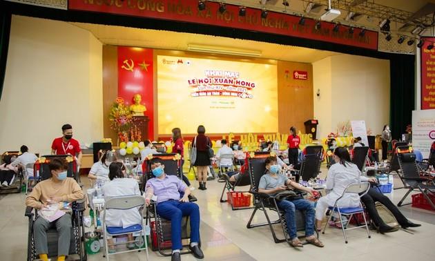 Фестиваль «Красная весна» привлек огромное количество доноров крови