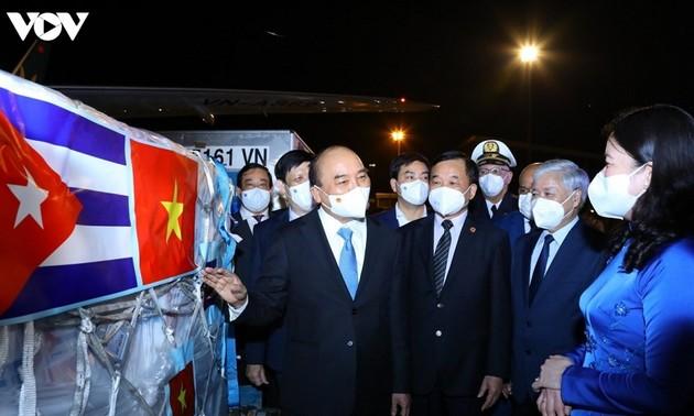 Вьетнам разделяет трудности и сотрудничает во имя мира на планете
