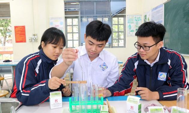เยาวชนจังหวัดกว๋างนิงเดินหน้าในการพัฒนาวิทยาศาสตร์และเทคโนโลยี