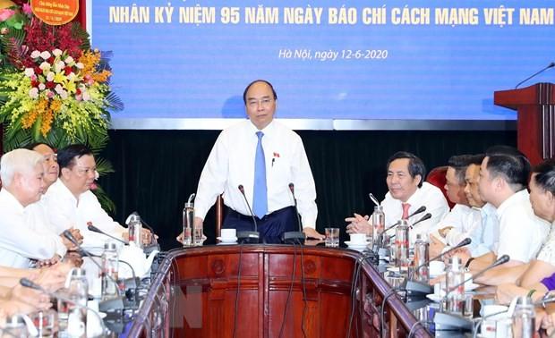 PM congratulates Nhan Dan newspaper on Vietnam Revolutionary Press Day