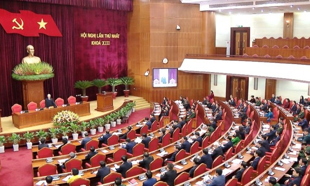 13th Party Central Committee convenes its first plenum