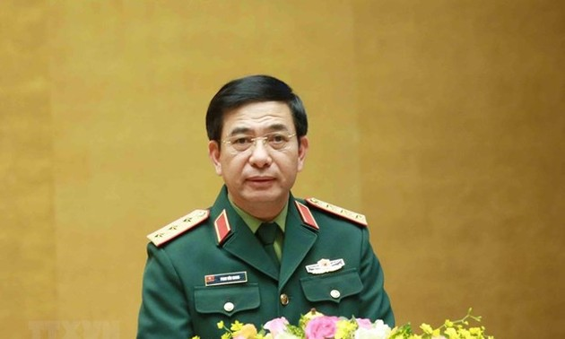 Vietnam, Cambodia pledge stronger defense ties