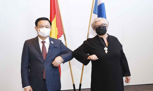 Vietnam, Finland pledge stronger ties in various fields