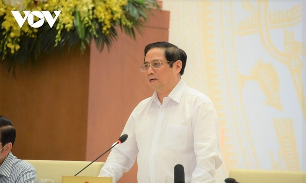 PM urges for fine-tuning institutions