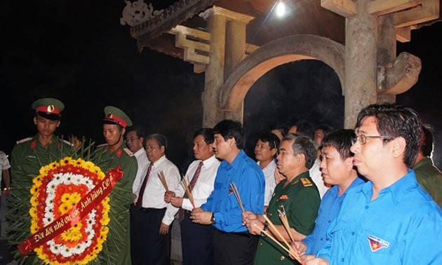 Young people pay tribute to martyrs