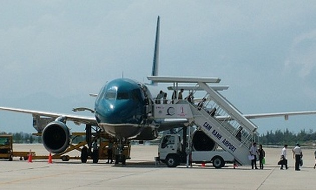 Construction of Cam Ranh airport's runway No.2 begins