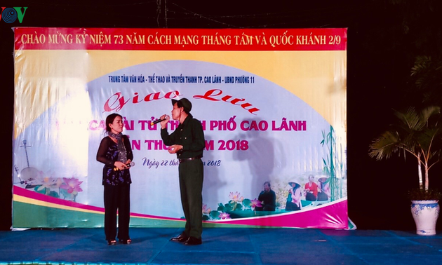 Vietnam's amateur singing strongly promoted in Dong Thap