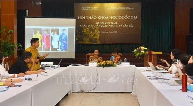 National symposim on Vietnam's traditional long dress