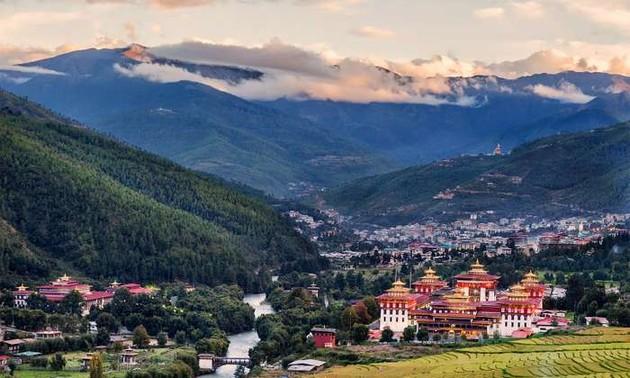 Bhutan's unique culture & Gross National Happiness index