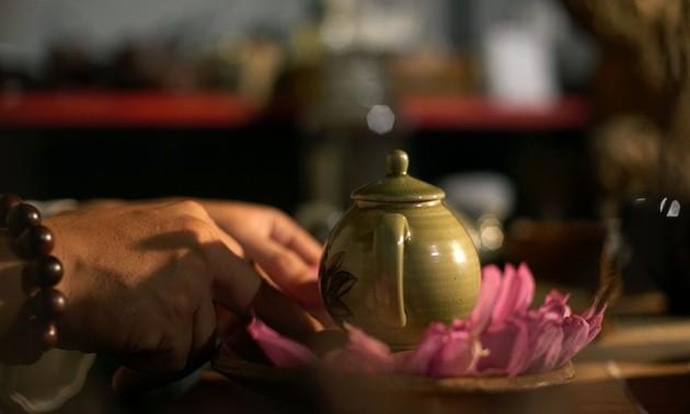 Té de loto, una especialidad de los hanoyenses que conecta el pasado con el presente