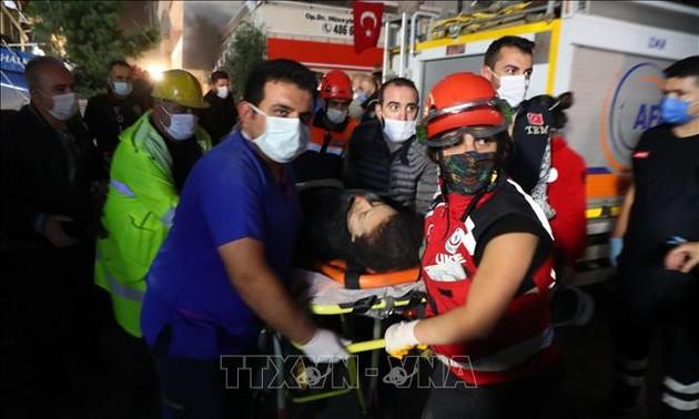 Terremoto en Turquía y Grecia deja graves daños