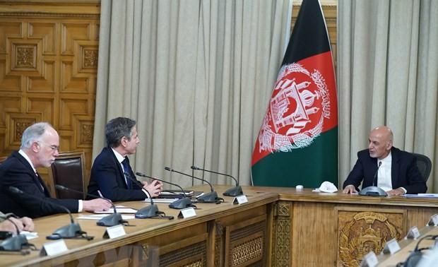 Dirigentes de Afganistán y Estados Unidos debaten la retirada de tropas norteamericanas