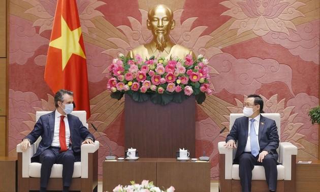 Vietnam busca más apoyo de la Unión Europea en materia de vacunas contra el covid-19