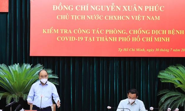 Presidente de Vietnam supervisa trabajo anti pandemia en Ciudad Ho Chi Minh