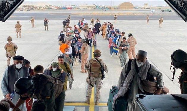 Cuatro países se ofrecen como mediadores de la crisis afgana