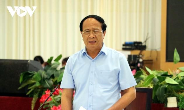 Viceprimer ministro de Vietnam examina trabajo anticovid-19 en Ciudad Ho Chi Minh y Long An