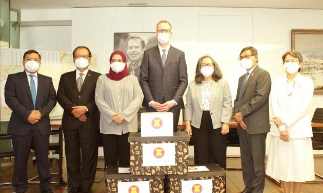 อาเซียนสนับสนุนสาธารณรัฐเช็กรับมือการแพร่ระบาดของโรคโควิด-19