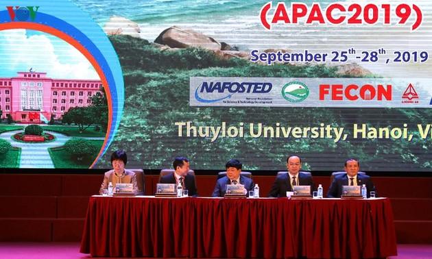 International conference responds to coastal erosion, saline intrusion