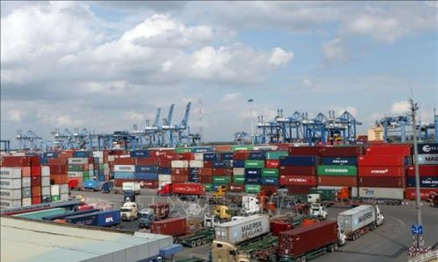 Vietnam's export-import value increases 17 fold in two decades
