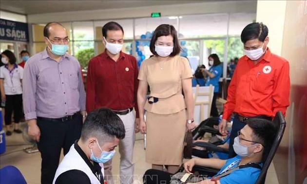 Blood donation program opens in Hanoi