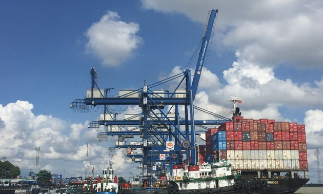 Vietnam's logistics sector aims to contribute 6% of GDP by 2025