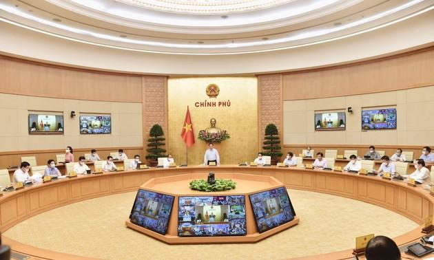 Premierminister Pham Minh Chinh leitet Online-Sitzung mit Provinzen über Covid-19-Bekämpfung