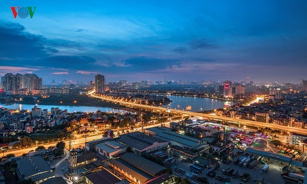 Hanoi strives to lure more investment