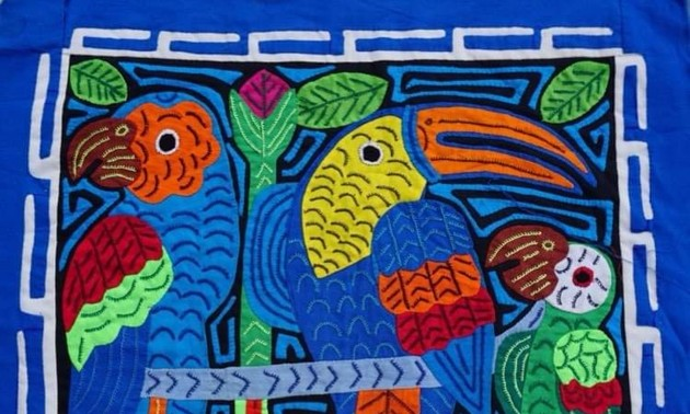 "Panama's Heritage and Tradition  ""The Mola Handicraft"""