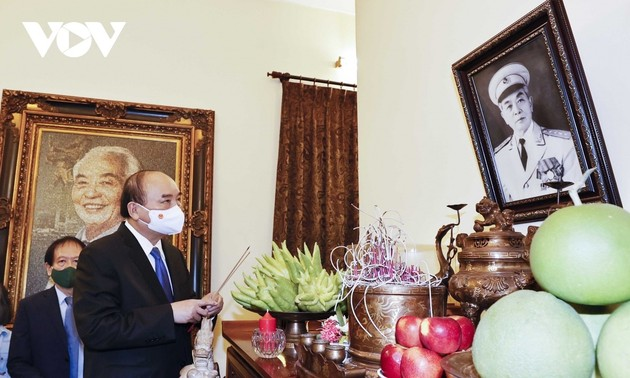 President pays tribute to legendary General Vo Nguyen Giap