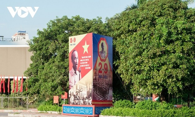Foreign community congratulates Vietnam on National Day