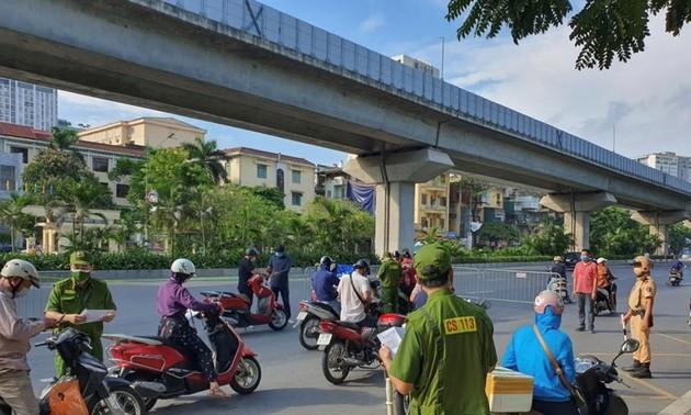 Hanoi removes zoning, scraps travel permit requirements
