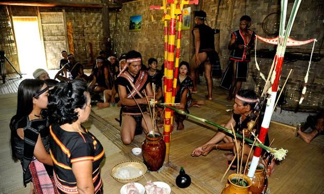 เทศกาล เตอมอน ช่วยสร้างเสริมความสามัคคีในชุมชนเผ่าบานา